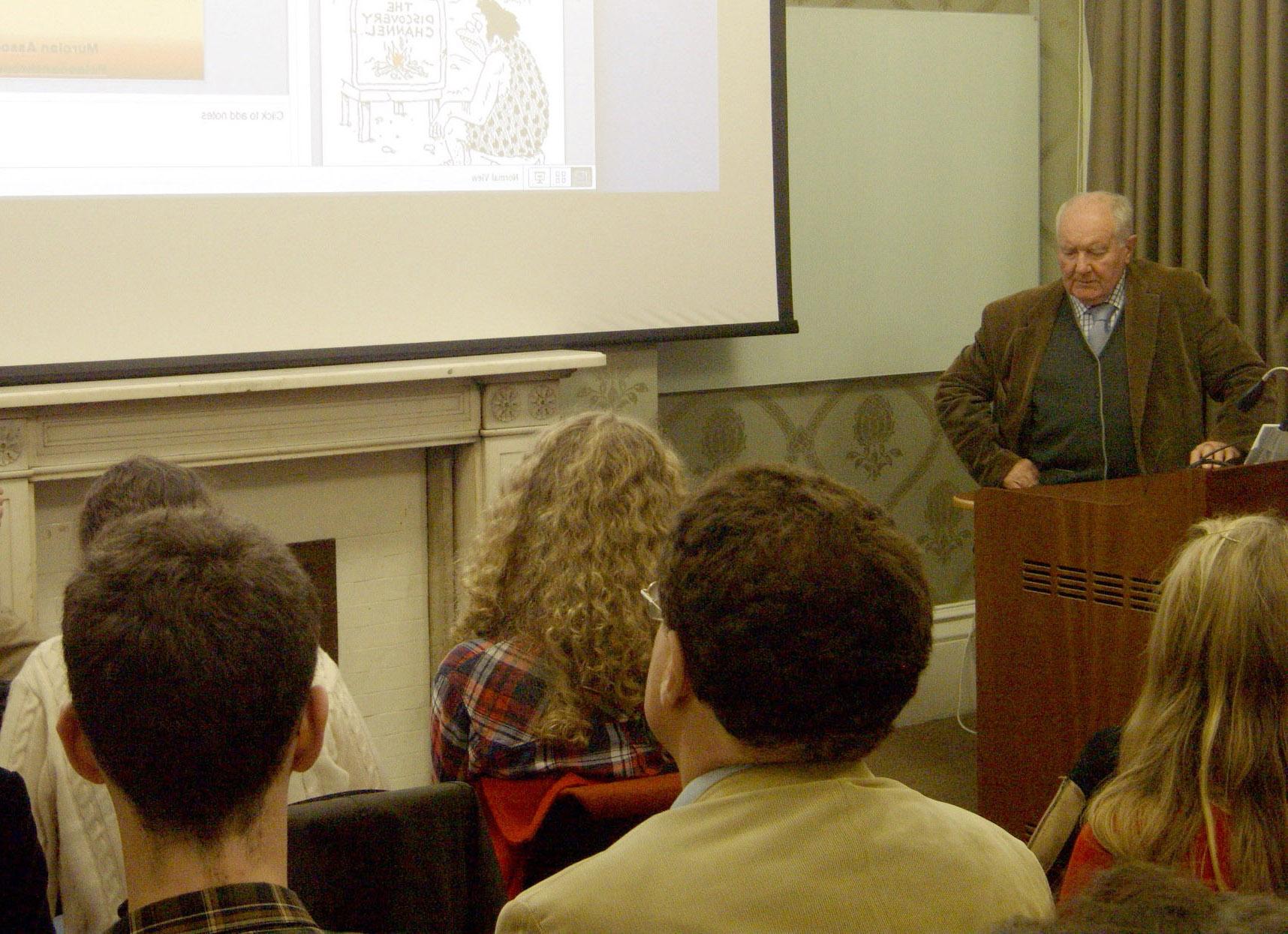 ConferenciaInstitutoArqueologisUniversidadOxford01