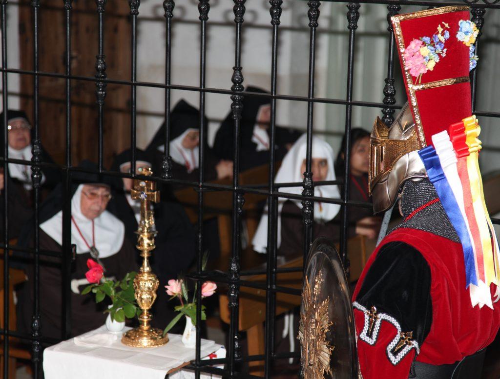 pag-7-la-stma-cruz-visita-la-iglesia-de-santa-clara-el-4-de-mayo