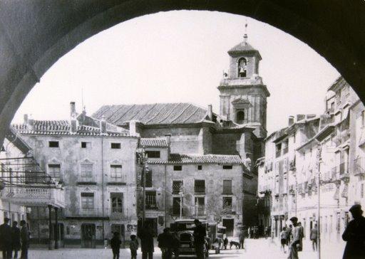 plaza-arco