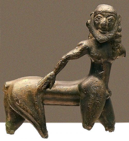 La escultura del Centauro de Los Royos.