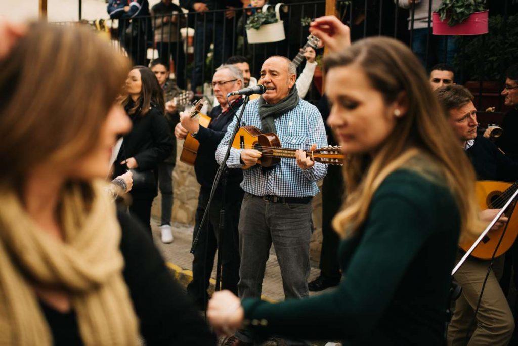 La música y los bailes tradicionales de las Cuadrillas/ Marina Campoy.