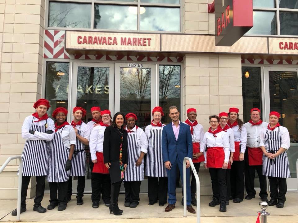 Los camareros de Caravaca Market/ Imágenes cedidas por José Francisco García.