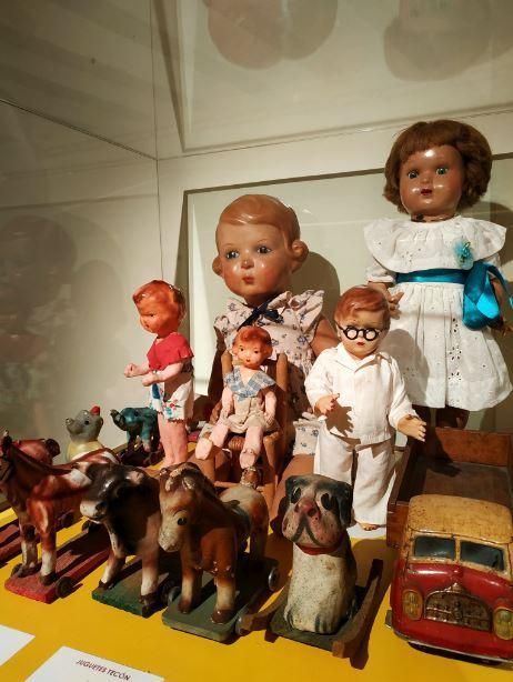 El Museo de la Fiesta muestra juguetes representativos del pasado siglo pertenecientes a la colección de Carlos Fuentes Zambudio